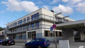 Bild der Schule von außen