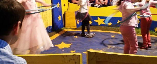 Zirkus und Planetarium im Ferienprogramm