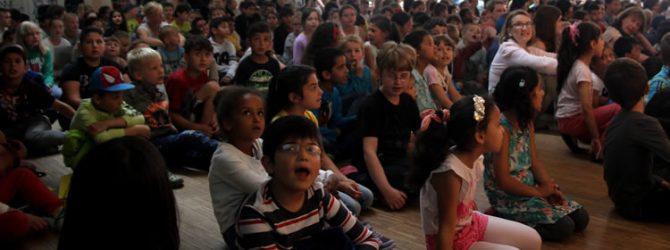Die Schulversammlung zum Abschluss des Jahres bricht alle Rekorde